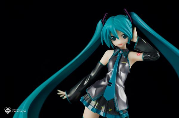 Review   GSC: Miku Hatsune (CVS 01) (11)