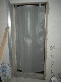 Готовый дверной проем после оштукатуривания