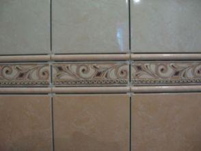 укладка плтки в ванной046