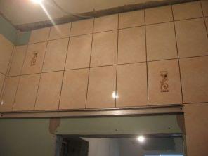 укладка плтки в ванной077