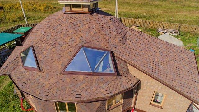 битумная черепица на крыше