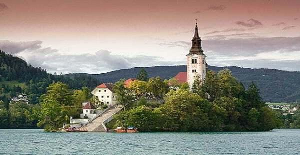 Остров Блед в Словения – перлата на Юлийските Алпи