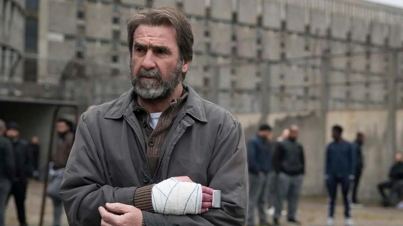 The films of eric cantona. Ex Craque Eric Cantona Vive Decadencia Na Serie Recursos Desumanos O Tempo