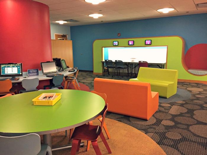 Library Fun: Arlington Heights Memorial Library #NationalLibraryWeek