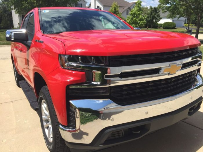 A fun Lake Michigan roadtrip trying the all new 2019 Chevrolet Silverado. We had a blast exploring the Indiana Dunes National Park and South Haven, Michigan.