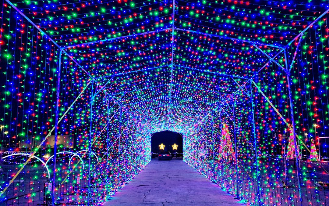 Let it Shine Drive Thru Holiday Lights Comes to Northbrook Court + GIVEAWAY