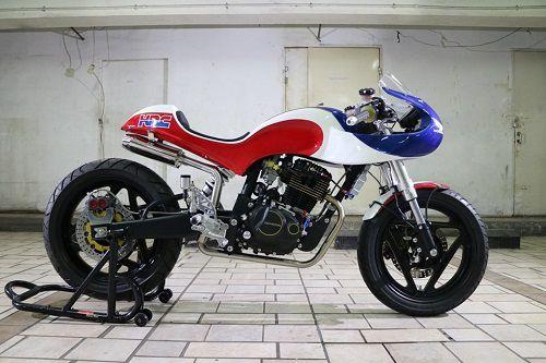 Modifikasi Honda Tiger Cafe Racer