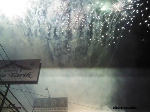 foto kembang api (4)