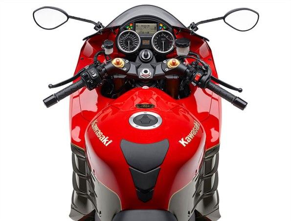 2015-Kawasaki-Ninja-ZX14R-ABS-30th-Anniversary-LE6-small