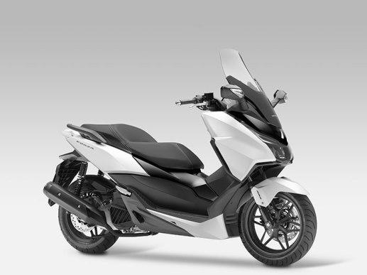 2015-Honda-Forza4-small