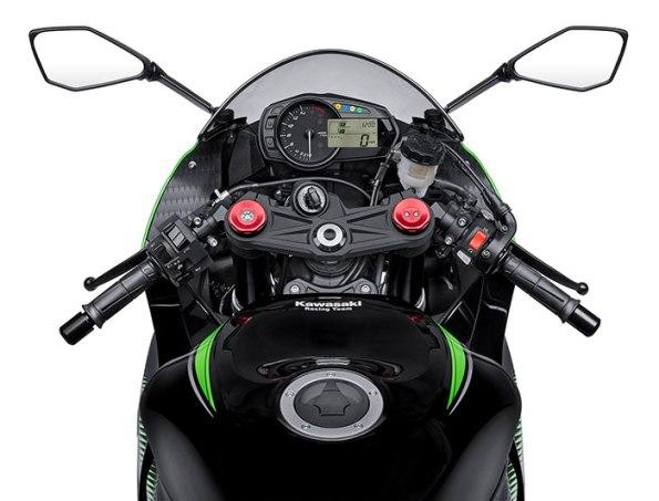 2016-Kawasaki-Ninja-ZX6R-ABS-KRT-Edition4