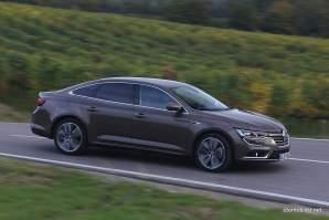 2016-Renault-Talisman-scene-12