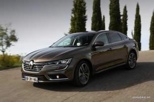 2016-Renault-Talisman-scene-24