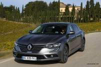 2016-Renault-Talisman-scene-41