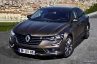 2016-Renault-Talisman-scene-44