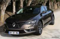 2016-Renault-Talisman-scene-8