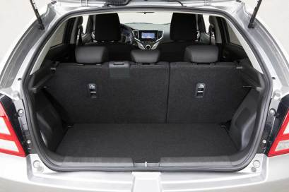 2017-Suzuki-Baleno-bagaj-koltuk-dik