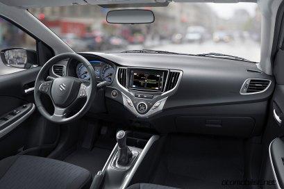 2017-Suzuki-Baleno-dashboard