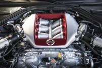 2017-Nissan-GT-R_0025-motor