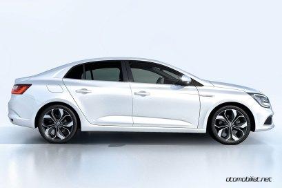 2017-Renault-Megane-Sedan_001