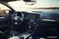 2017-Renault-Megane-Sedan_008