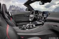 2017-mercedes-amg-gt-roadster-interior