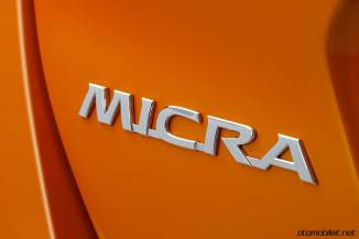 2017-nissan-micra-logo