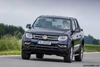 2017-volkswagen-amarok-v6-front