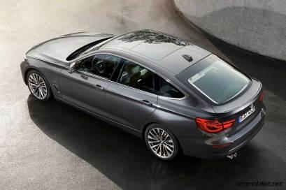 2017-bmw-3-serisi-gt-gran-turismo-rear-side