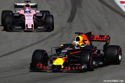 2017 Formula 1 Rusya GP RedBull