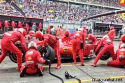 2017 Formula 1 Chinese Grand Prix Sebastian Vettel Ferrari pit-stop
