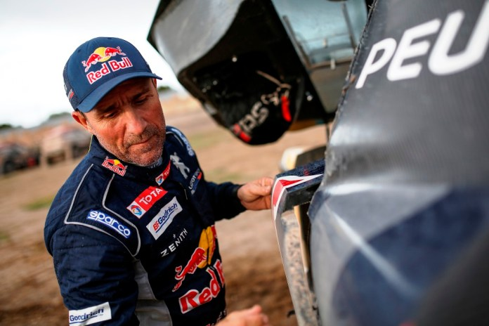 PETERHANSEL STEPHANE (fra) PEUGEOT TEAM PEUGEOT TOTAL 3008 DKR ambiance portrait during the Dakar 2017 Paraguay Bolivia Argentina , Etape 7 - Stage 7, La Paz - Uyuni, January 9 - Photo Benjamin Cremel / DPPI
