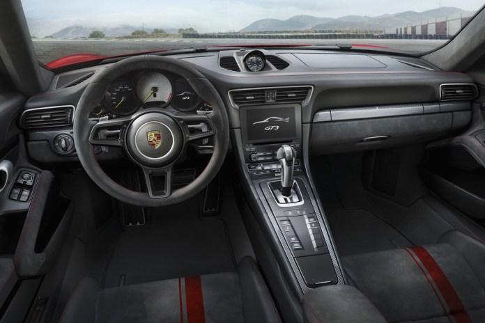 1488884524_Porsche_911_GT3__4_