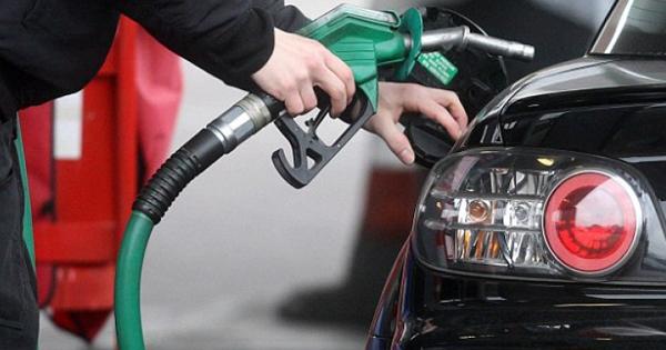 Yakıt alırken değil, otomobili kullanırken tasarruf edin!