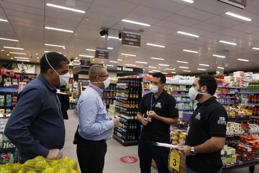 Governo fiscaliza empresas para cumprimento de medidas contra coronavírus