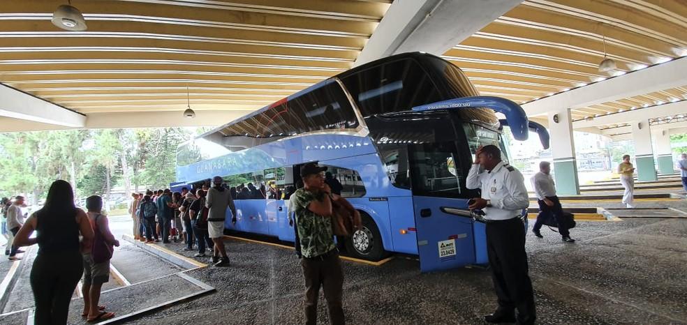 Mais dois municípios têm transporte suspenso na Bahia; total chega a 303