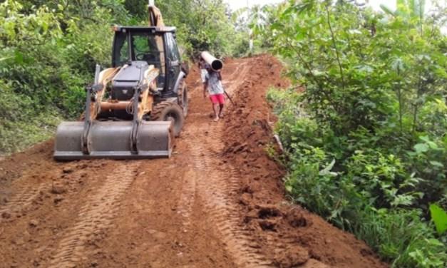 Prefeitura de Itacaré realiza obras de recuperação da estrada da Jacutinga
