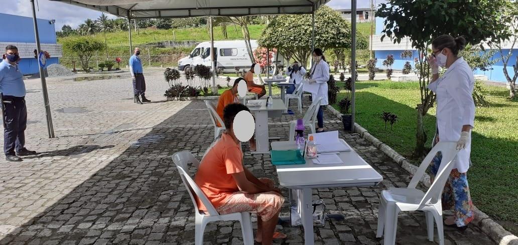 Sem visitas presenciais, Socializa e Conjunto Penal de Itabuna intensificam encontros virtuais entre reeducandos e familiares