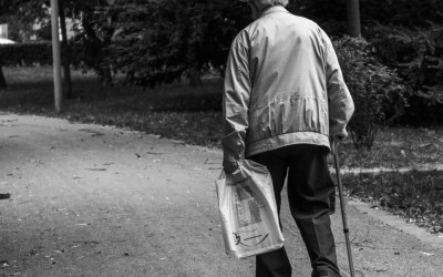 Pedestrian Safety: Grocery Shopping Safety Tips for Seniors