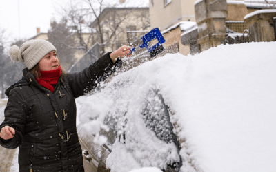 How removing snow from your vehicle makes winter roads safer for everyone