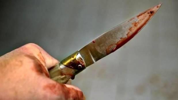 giugliano feriti a coltellate due fratelli