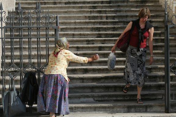 begging for money rome