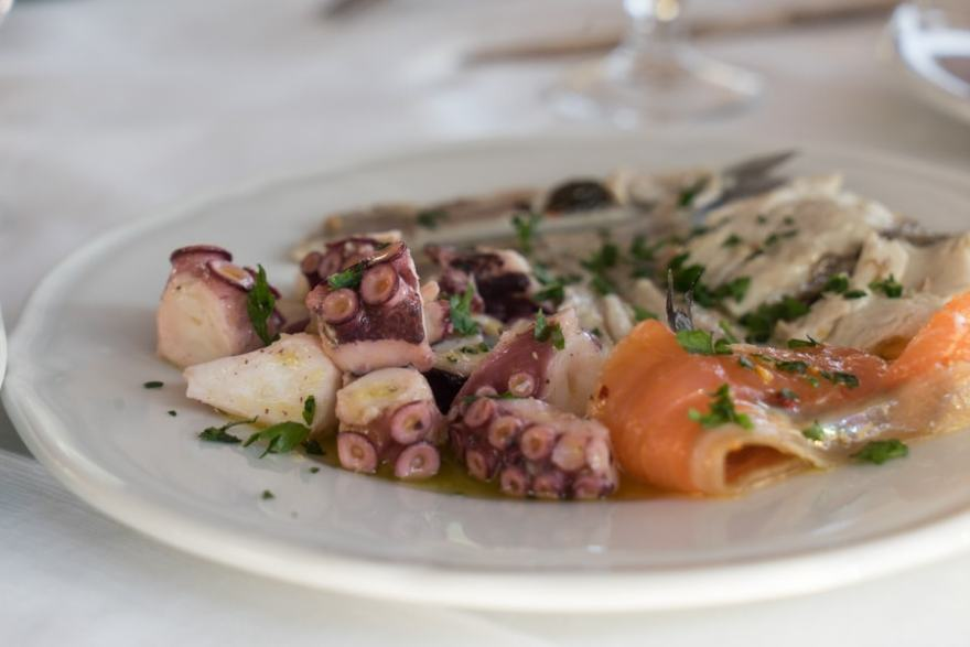 Use these Italy Food Etiquette Tips and Fit in Like a Local