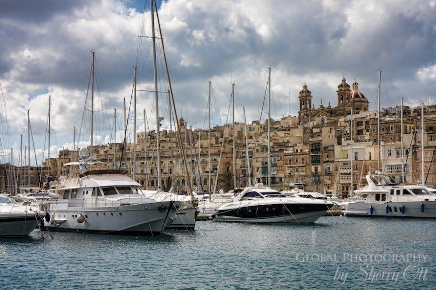 yacht harbor malta