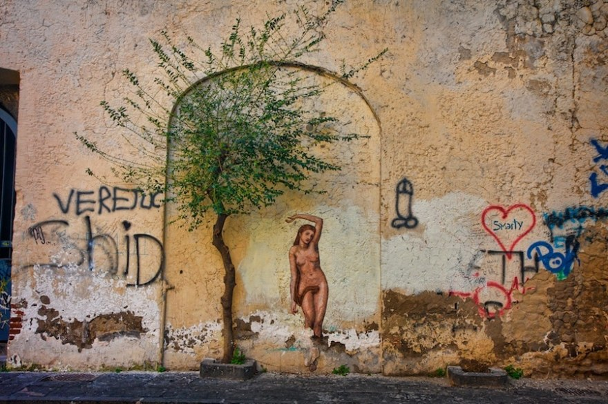 Photo Walk through Naples Italy Points of Interest