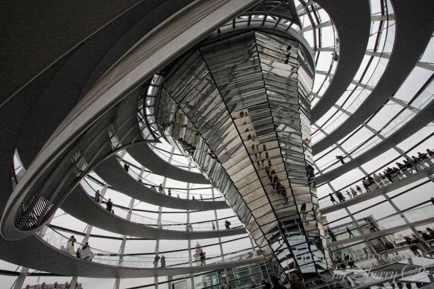 Swirling architecture of the Reichstag in Berlin