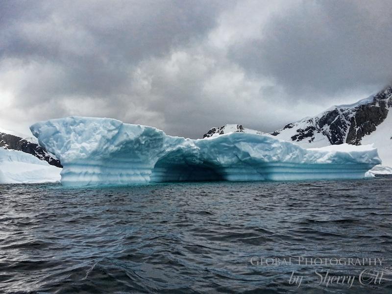 iceberg antarctica aqua