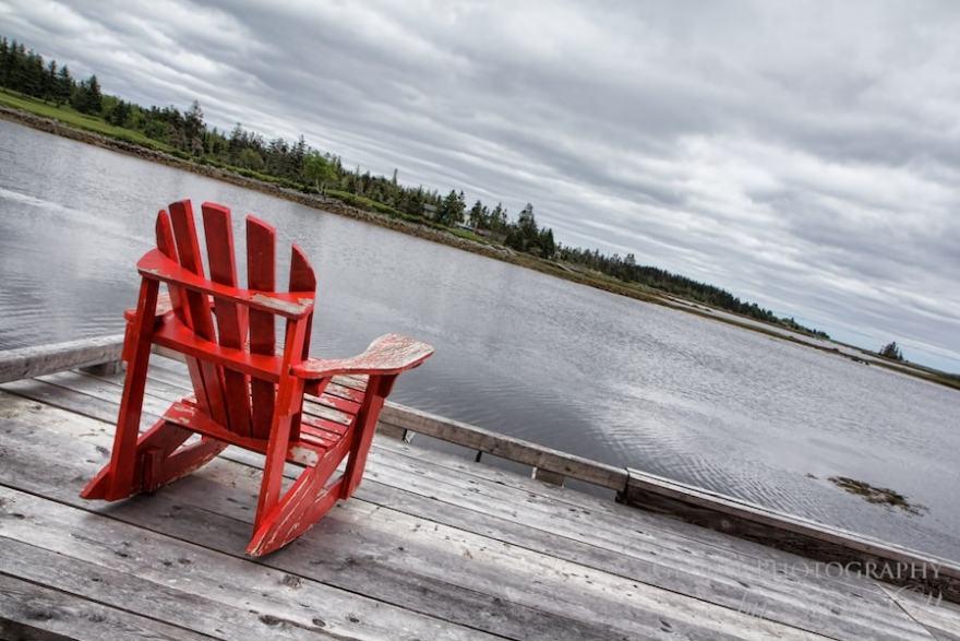 Adirondack chair canada