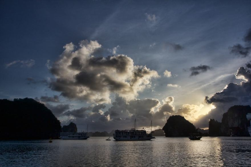 Sunrise Ha Long Bay Vietnam