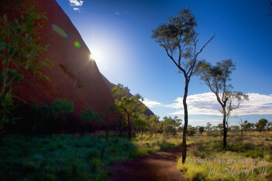 Uluru walking path